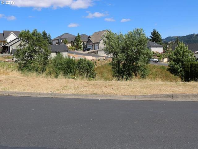 624 Divot Loop #111, Sutherlin, OR 97479 (MLS #18327198) :: Hatch Homes Group