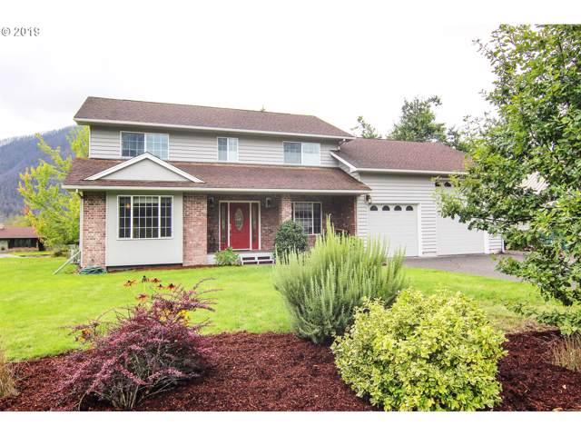 420 Columbia St, North Bonneville, WA 98639 (MLS #18328213) :: Premiere Property Group LLC