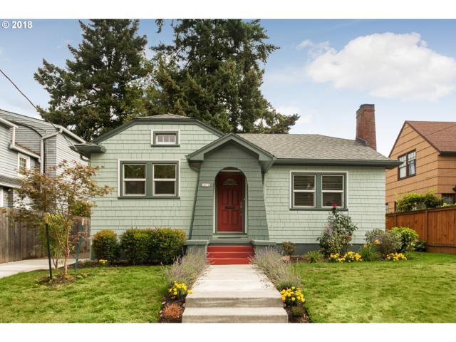 2416 NE 32ND Ct, Portland, OR 97212 (MLS #18333063) :: The Dale Chumbley Group