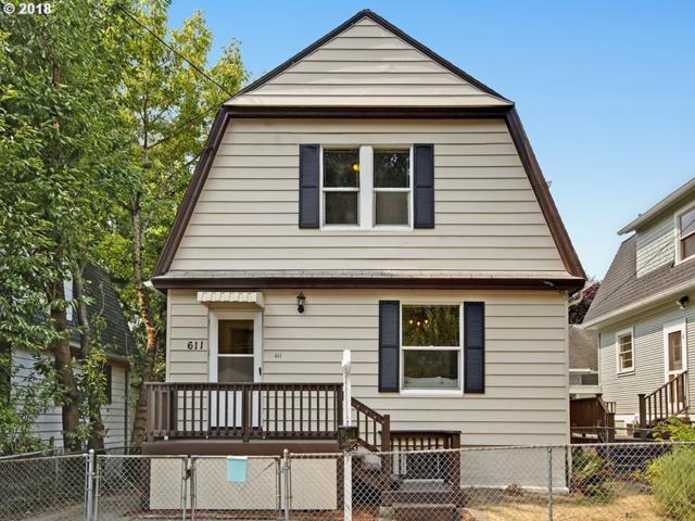 611 SE 20TH Ave, Portland, OR 97214 (MLS #18336146) :: The Dale Chumbley Group