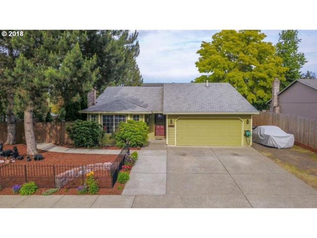952 SE 70TH Ave, Hillsboro, OR 97123 (MLS #18336525) :: Hatch Homes Group