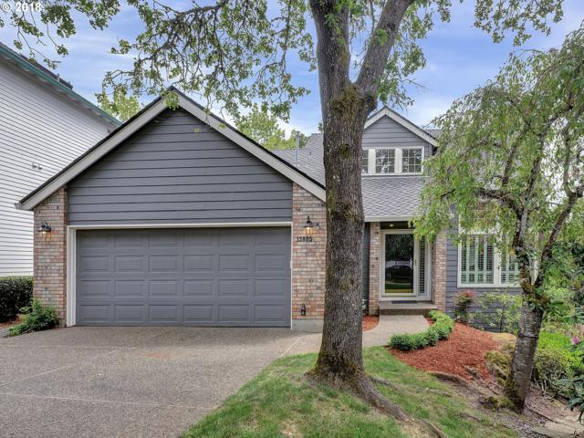 13805 Regency Ct, Lake Oswego, OR 97035 (MLS #18337961) :: The Sadle Home Selling Team