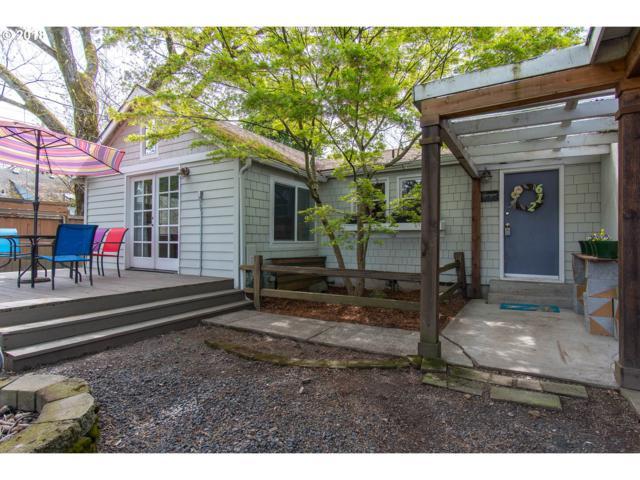 612 Vermillion St, Newberg, OR 97132 (MLS #18345955) :: McKillion Real Estate Group