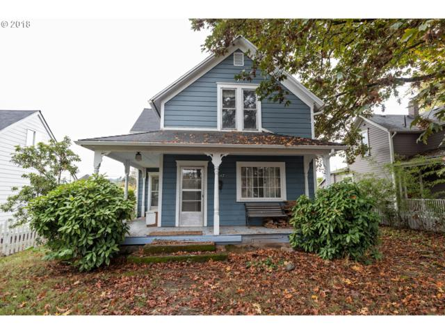 1847 6TH Ave, West Linn, OR 97068 (MLS #18346914) :: McKillion Real Estate Group
