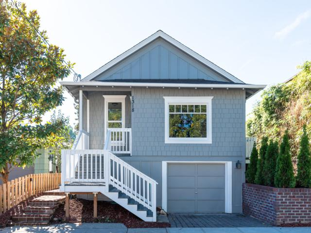 1318 SE Rhone St, Portland, OR 97202 (MLS #18347334) :: Harpole Homes Oregon