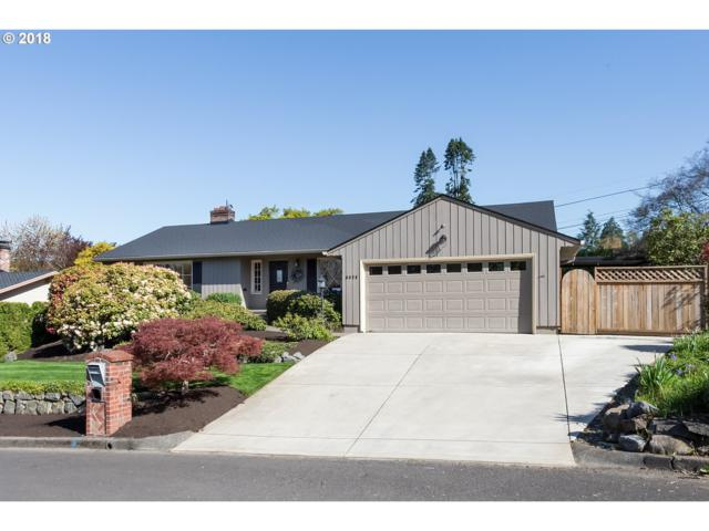 6679 SW Raleighwood Way, Portland, OR 97225 (MLS #18347686) :: Change Realty