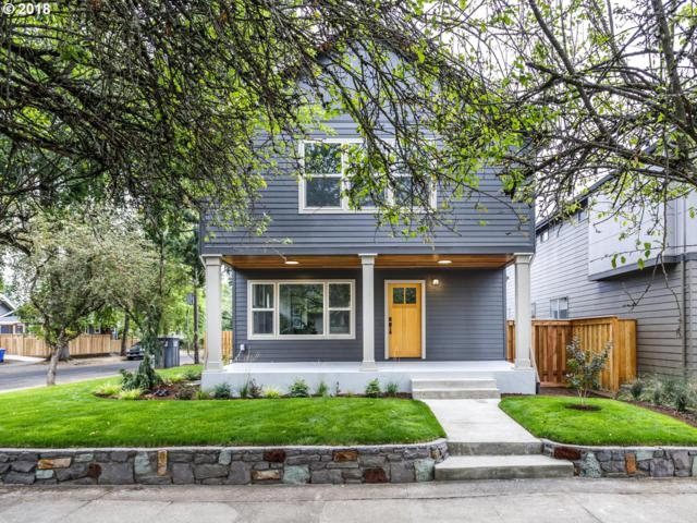 6306 SE 21ST Ave, Portland, OR 97202 (MLS #18347841) :: The Sadle Home Selling Team