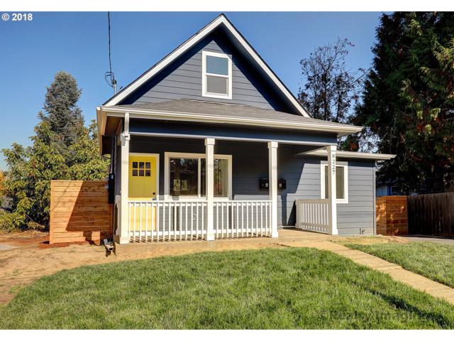 8227 N Hartman St, Portland, OR 97203 (MLS #18349698) :: Fox Real Estate Group