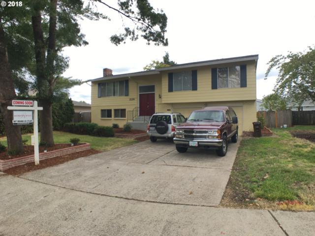 2124 SE 53RD Ave, Hillsboro, OR 97123 (MLS #18359593) :: Fox Real Estate Group