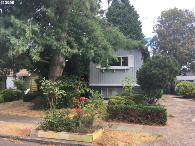 5820 SE 20TH Ave, Portland, OR 97202 (MLS #18359729) :: Hatch Homes Group