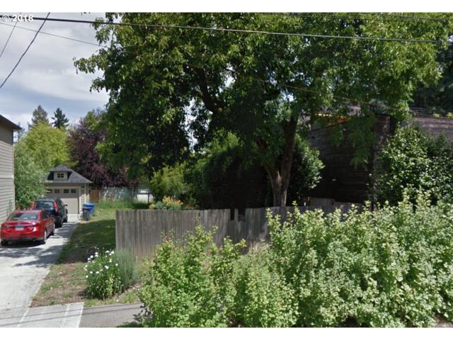 7918 N Wayland Ave, Portland, OR 97203 (MLS #18360160) :: Team Zebrowski