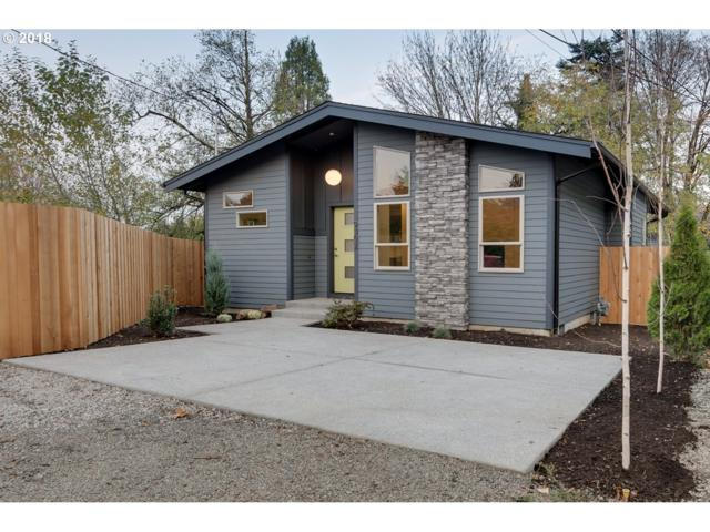 9302 SW 30TH Ave, Portland, OR 97219 (MLS #18363204) :: The Liu Group