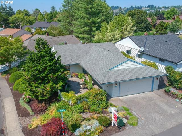15585 SW 109TH Ave, Tigard, OR 97224 (MLS #18364892) :: Cano Real Estate