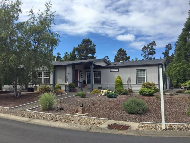 457 Sherwood Loop, Florence, OR 97439 (MLS #18367262) :: Cano Real Estate
