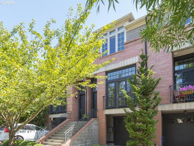 1522 SE 30TH Ave, Portland, OR 97214 (MLS #18370544) :: The Dale Chumbley Group