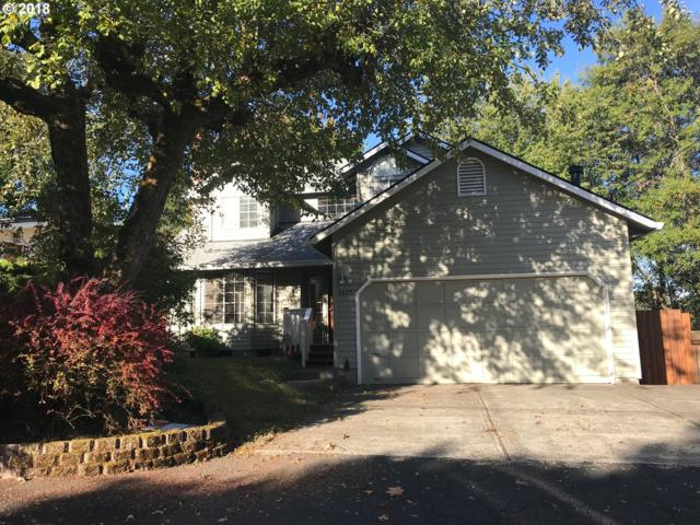 6825 SW 53RD Ave, Portland, OR 97219 (MLS #18371710) :: Realty Edge