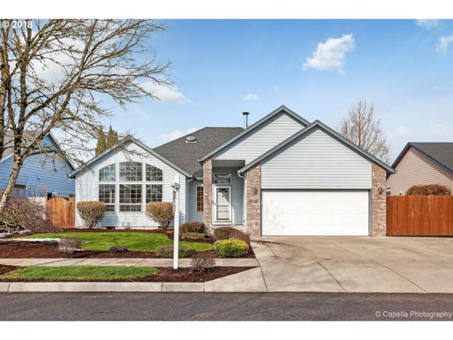 1720 SE 12TH Ave, Canby, OR 97013 (MLS #18374764) :: Portland Lifestyle Team