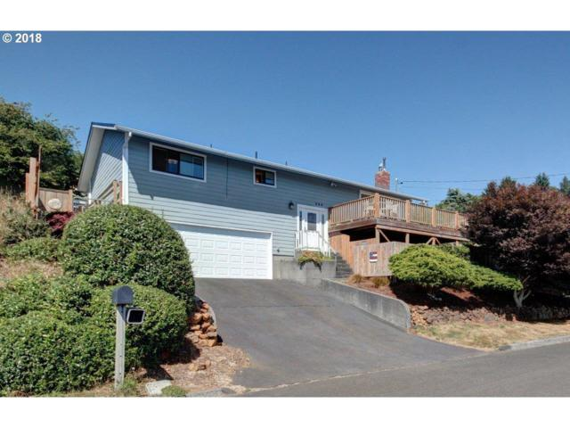 344 Pleasant Ave, Astoria, OR 97103 (MLS #18376520) :: The Dale Chumbley Group