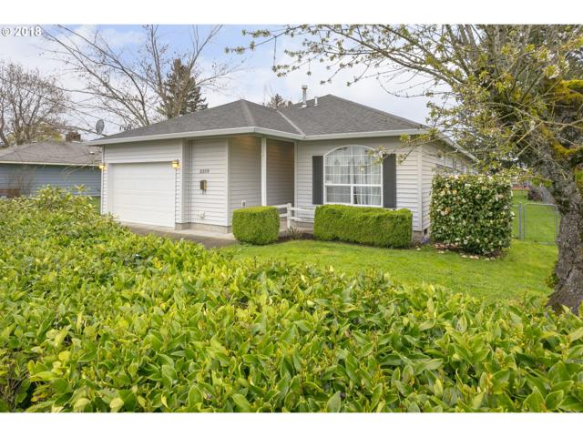2319 NE 117TH Ave, Portland, OR 97220 (MLS #18376741) :: McKillion Real Estate Group