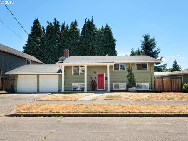 6818 N Swift St, Portland, OR 97203 (MLS #18384474) :: The Sadle Home Selling Team