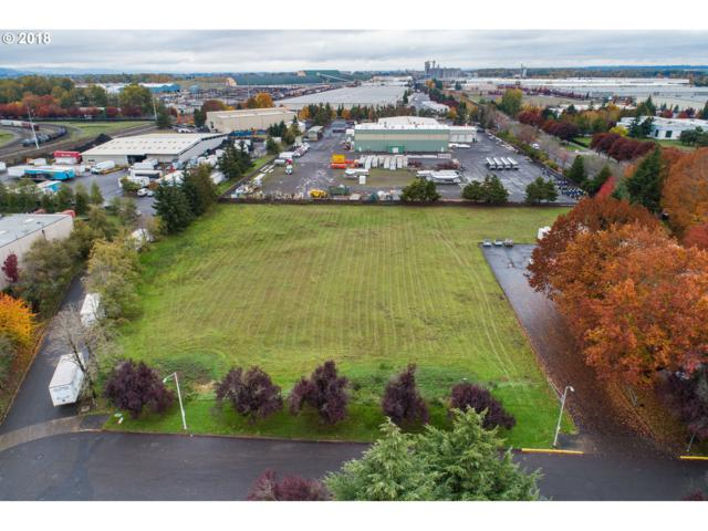 9211 N Harborgate St, Portland, OR 97203 (MLS #18384781) :: Fox Real Estate Group