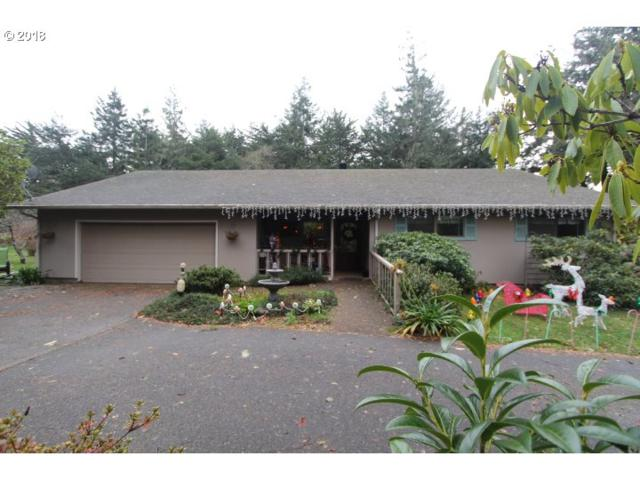 392 Michigan Ave, Bandon, OR 97411 (MLS #18385057) :: The Sadle Home Selling Team