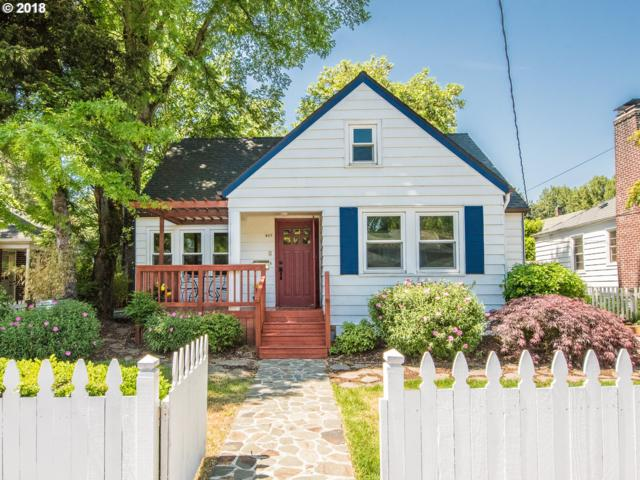405 SE 32ND Ave, Portland, OR 97214 (MLS #18386893) :: Next Home Realty Connection
