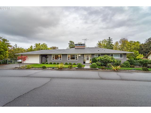 1152 NW Cherry Dr, Roseburg, OR 97471 (MLS #18389239) :: Portland Lifestyle Team