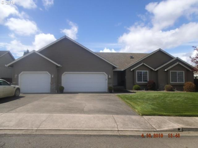 323 Cambridge Dr, Sutherlin, OR 97479 (MLS #18390485) :: Keller Williams Realty Umpqua Valley