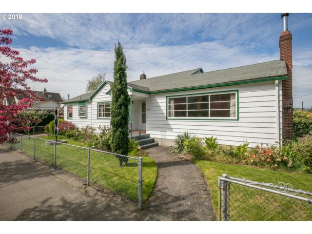 3205 SE 28TH Ave, Portland, OR 97202 (MLS #18391372) :: Hatch Homes Group