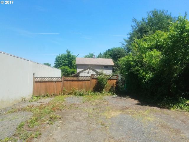 2643 NW Saint Helens Rd, Portland, OR 97210 (MLS #18398739) :: Stellar Realty Northwest