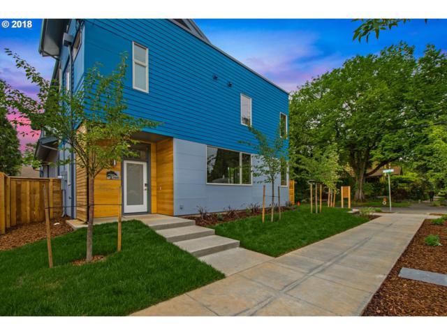 2945 NE Skidmore St, Portland, OR 97211 (MLS #18400221) :: The Sadle Home Selling Team