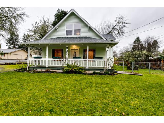 905 S River Rd, Cottage Grove, OR 97424 (MLS #18402642) :: Song Real Estate
