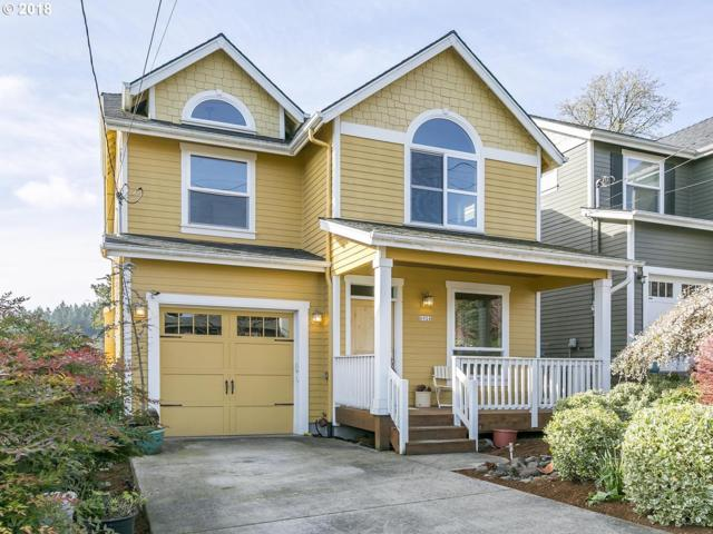 6924 SE Stark St, Portland, OR 97215 (MLS #18403363) :: Portland Lifestyle Team