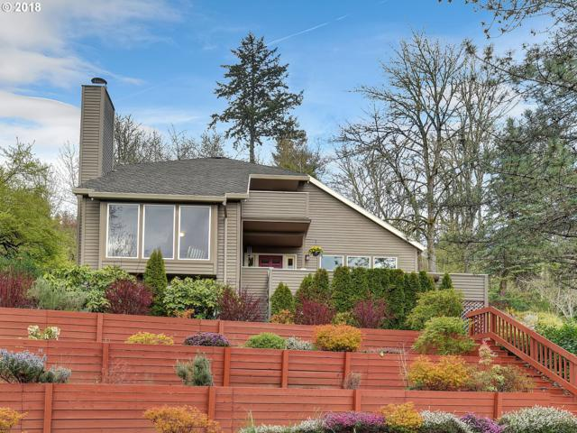 925 SW Powers Ct, Portland, OR 97219 (MLS #18403577) :: Next Home Realty Connection