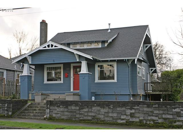 5735 NE 16TH Ave, Portland, OR 97211 (MLS #18408036) :: Next Home Realty Connection