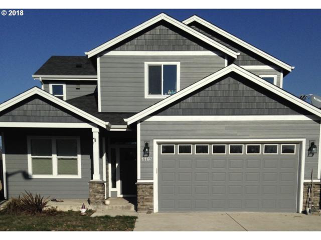 1197 SW Linden Ln, Dallas, OR 97338 (MLS #18410864) :: Premiere Property Group LLC