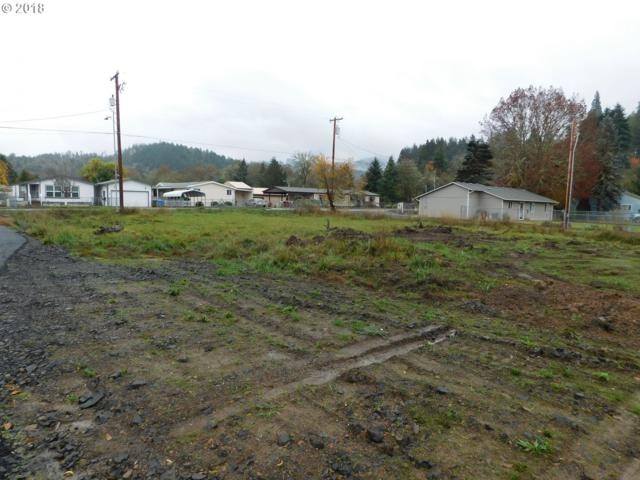 545 S State St, Sutherlin, OR 97479 (MLS #18411777) :: Keller Williams Realty Umpqua Valley