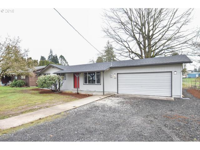 320 Willow St, Kelso, WA 98626 (MLS #18415757) :: Cano Real Estate