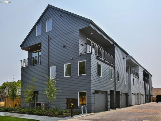 1018 N Ainsworth St #2, Portland, OR 97035 (MLS #18415827) :: Cano Real Estate