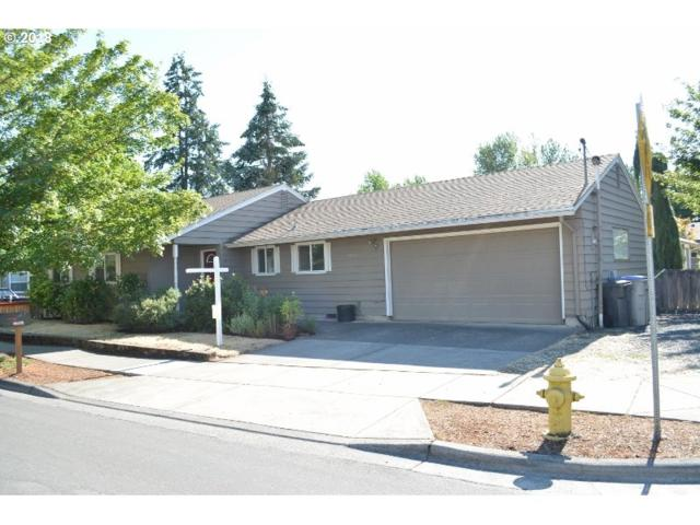 22907 SW Main St, Sherwood, OR 97140 (MLS #18416052) :: Stellar Realty Northwest