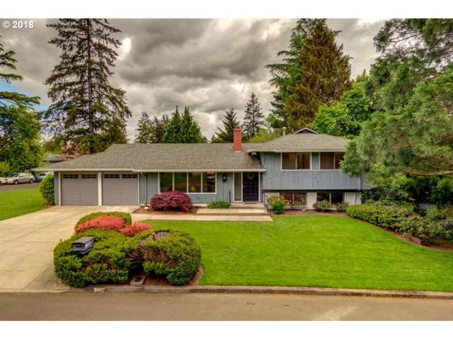 8210 SW 89TH Ave, Portland, OR 97223 (MLS #18417746) :: Team Zebrowski