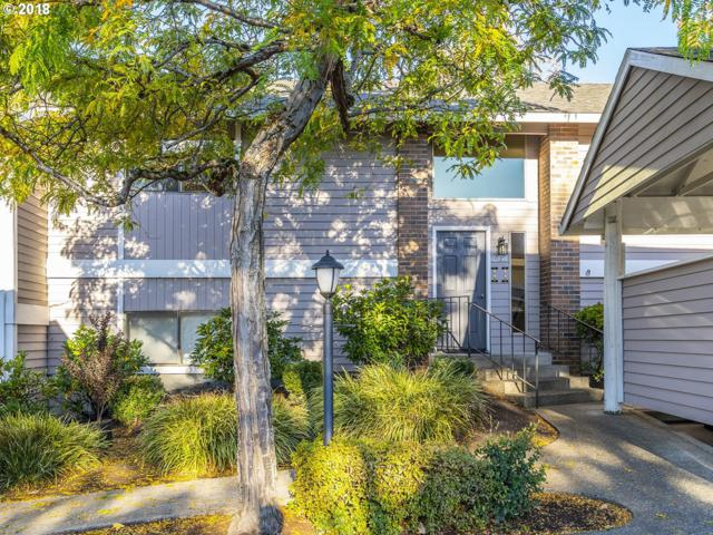 10945 SW Meadowbrook Dr #20, Tigard, OR 97224 (MLS #18419190) :: Hatch Homes Group