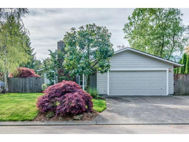 10200 SW Bryton Ct, Wilsonville, OR 97070 (MLS #18419330) :: Change Realty