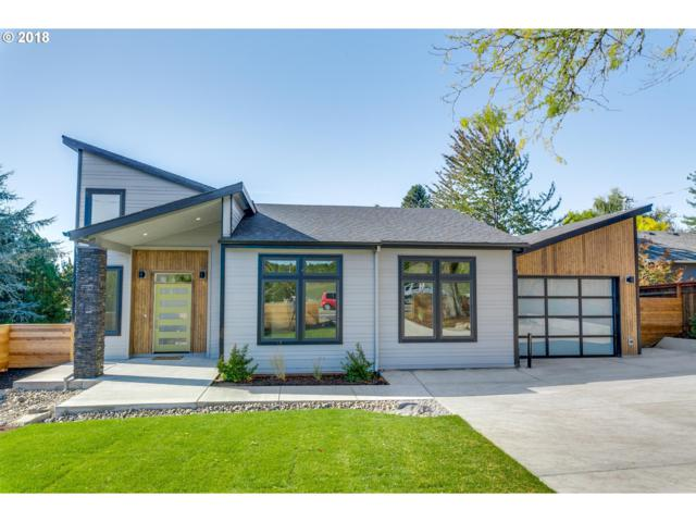 6935 SW 45th Ave, Portland, OR 97219 (MLS #18419940) :: Homehelper Consultants