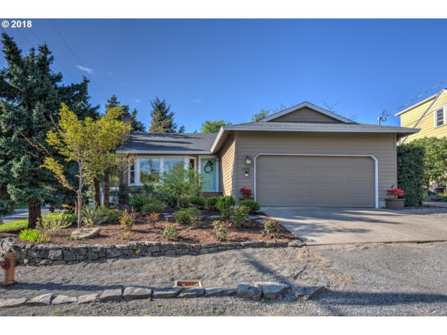 1408 SW Hume St, Portland, OR 97219 (MLS #18422651) :: The Sadle Home Selling Team