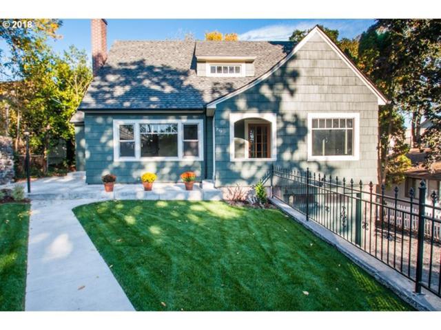 244 2ND St, St. Helens, OR 97051 (MLS #18424236) :: Harpole Homes Oregon