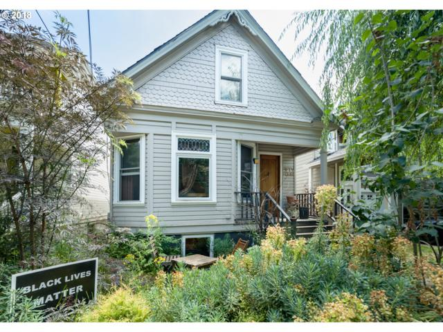 54 NE Sacramento St, Portland, OR 97212 (MLS #18424434) :: The Sadle Home Selling Team