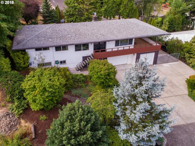 9431 SE Sun Crest Dr, Happy Valley, OR 97086 (MLS #18429508) :: Fox Real Estate Group