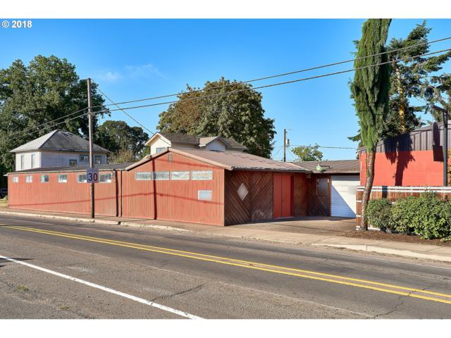 230 S Park St, Carlton, OR 97111 (MLS #18431011) :: The Sadle Home Selling Team